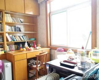 宿州路操兵巷 六安路小学42中本部 两居室 一楼带院子