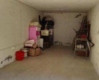 泰山公寓30�O车库