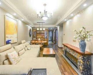 满两年,装修花了30万带家具家电,本人自主。,看房提前约,产权