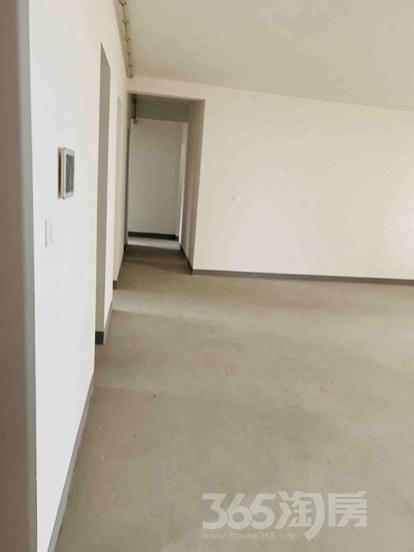 摩托罗拉小镇3室1厅2卫187平米整租毛坯