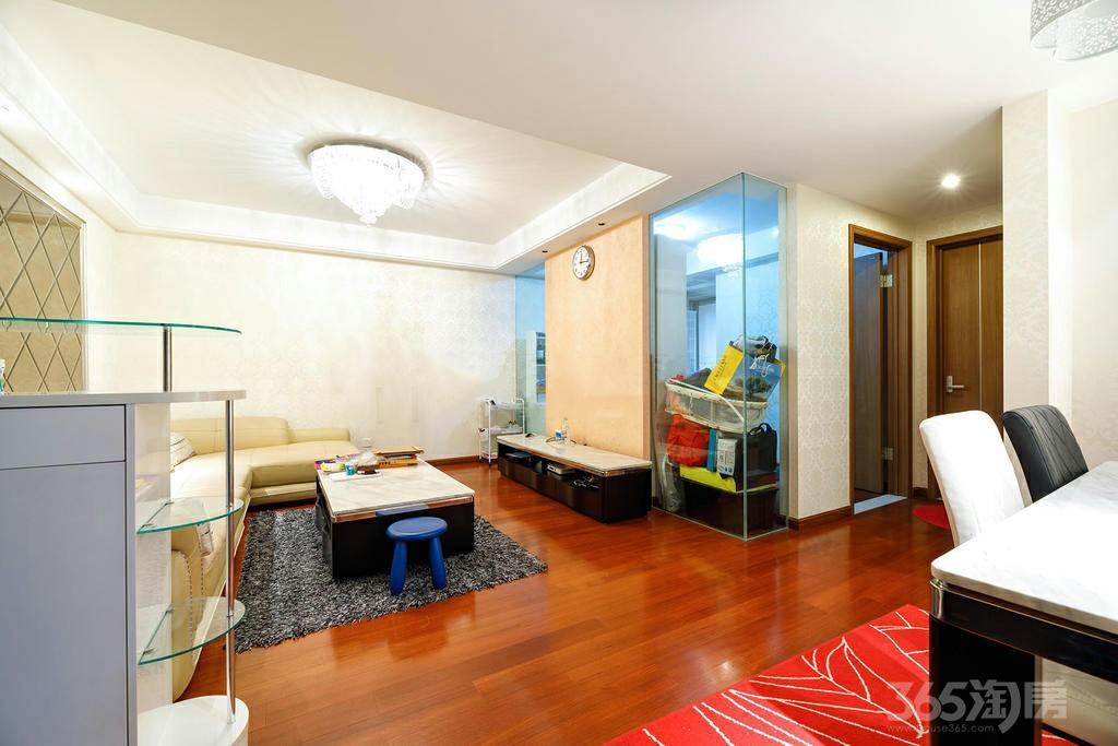 栖庭3室2厅1卫103平米2011年产权房精装