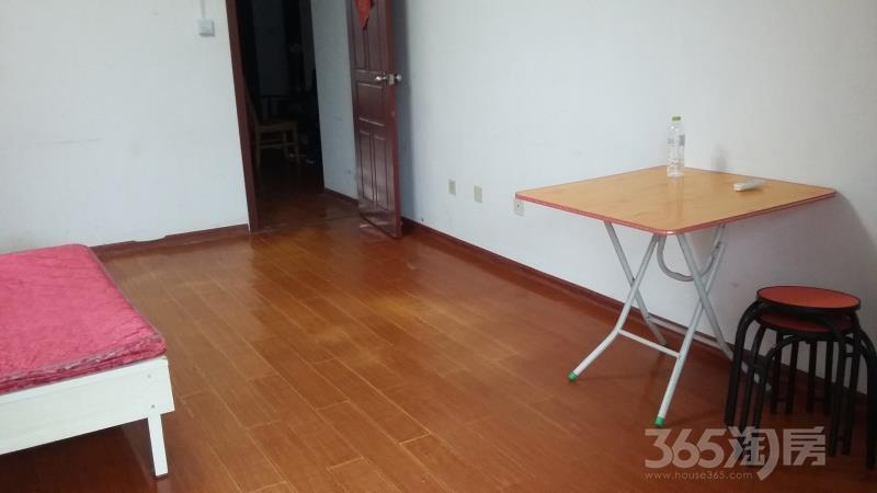 宜家国际公寓4室2厅2卫137.17平方米258万元