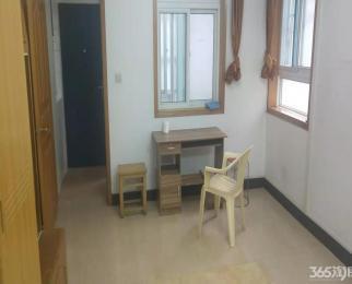湖南路平安里五十中马台街 一室一厅拎包住繁华地段一楼