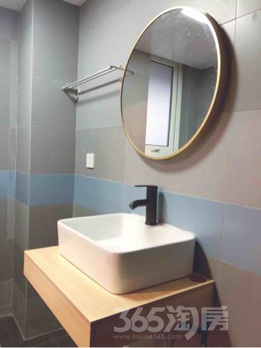 华府国际3室2厅2卫120平米整租精装