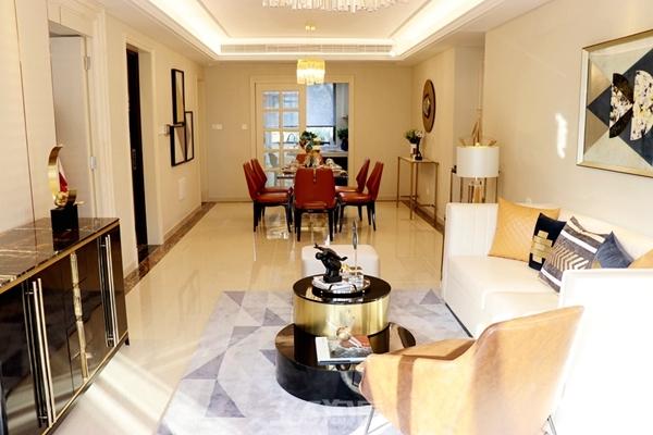 伟星金悦府公园洋房123平样板间——客厅