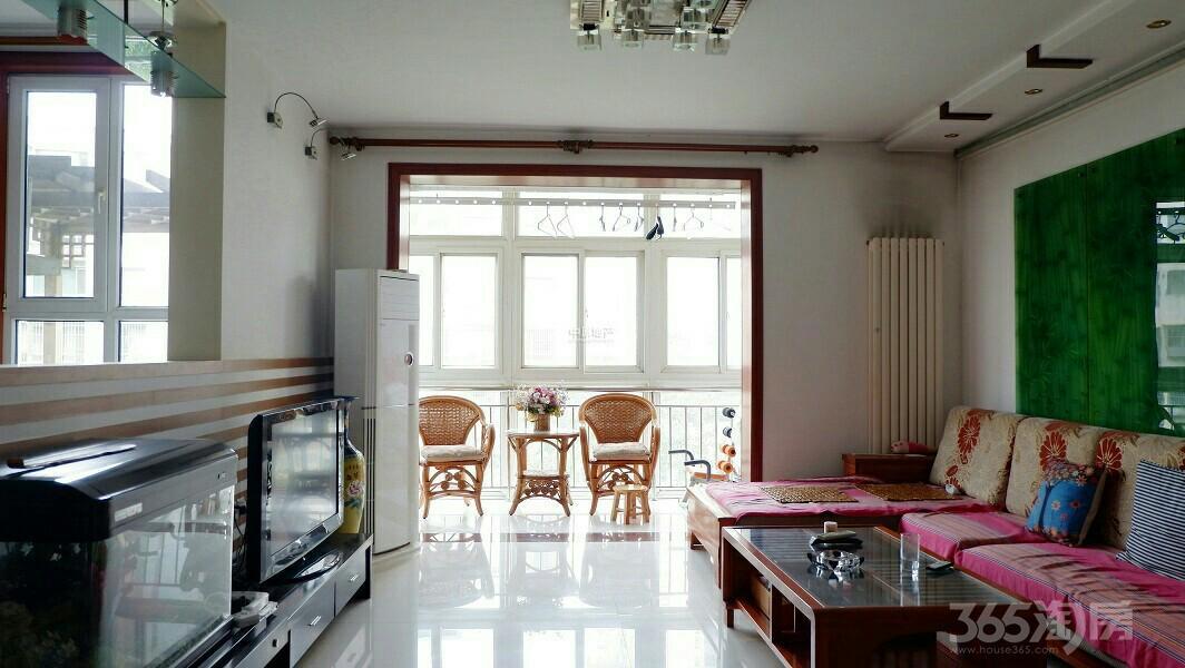 太阳城橙翠园3室2厅2卫141平米2006年产权房精装