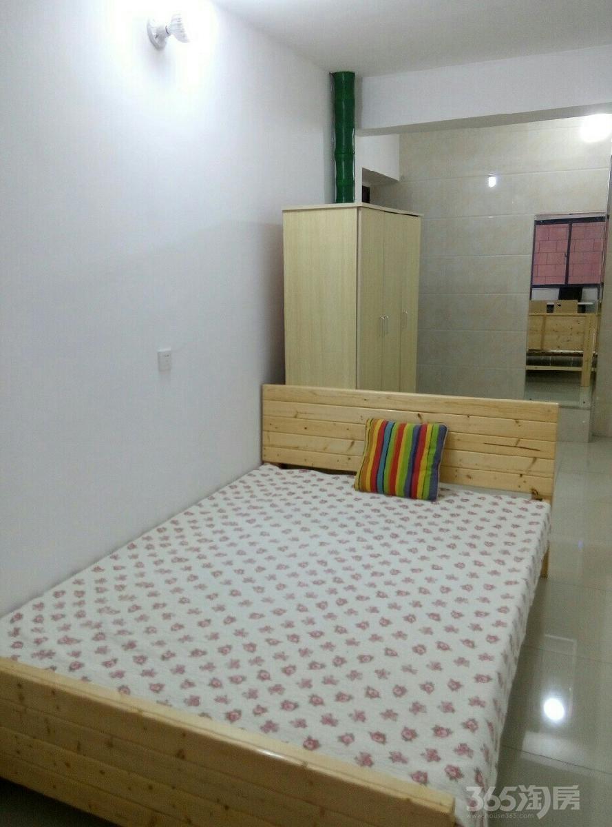 珠江首府1室1厅1卫41平米整租精装