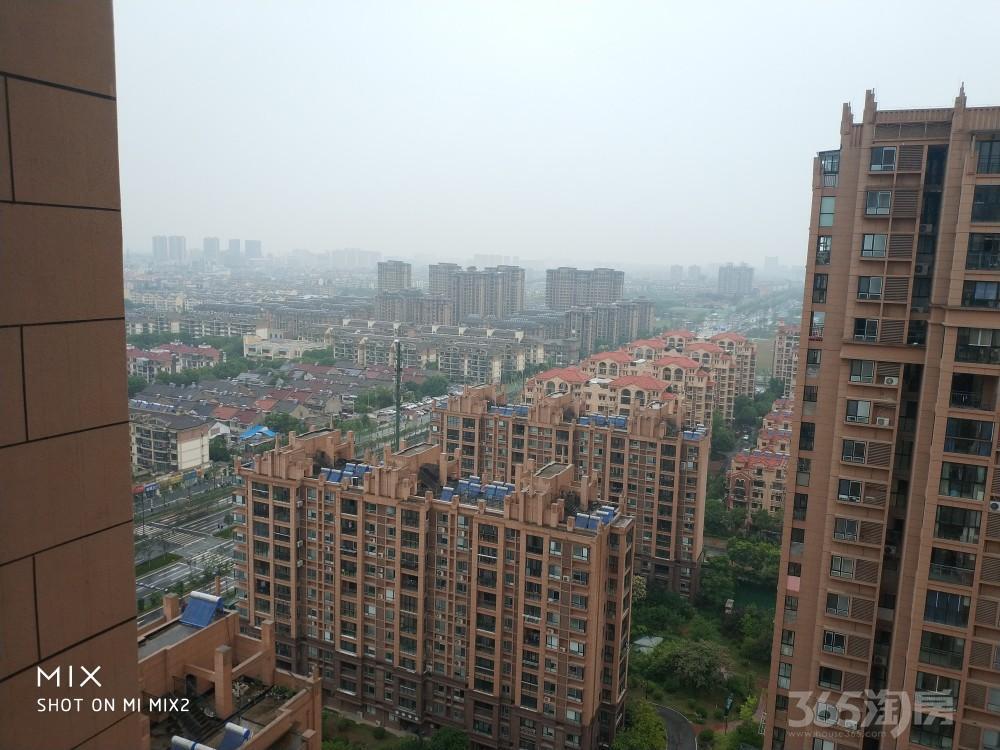 爱涛天岳城3室2厅1卫88.58平方米精装146万元,家电全送,四台空调,对开门冰箱等