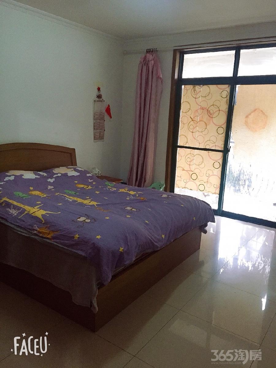 漕冲花园3室1厅1卫95平米合租中装