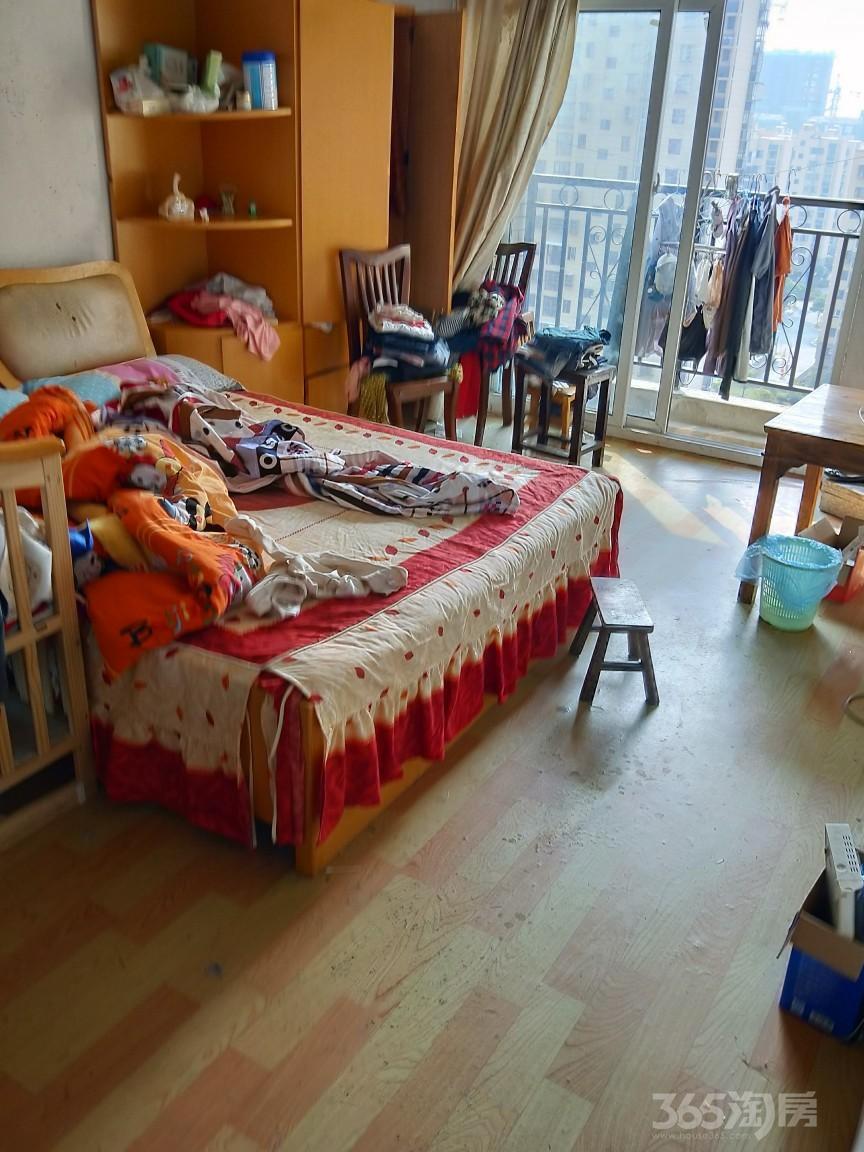 溧水城南时代景园3室2厅2卫120平米整租简装