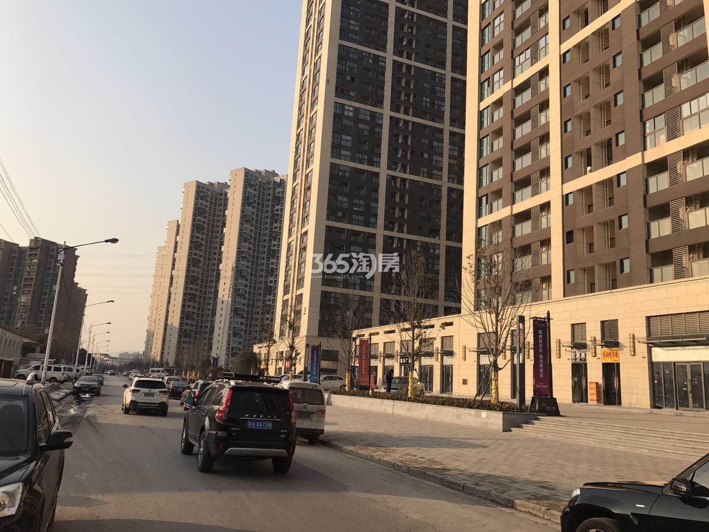东方万汇城南区周边道路实景图(2.22)