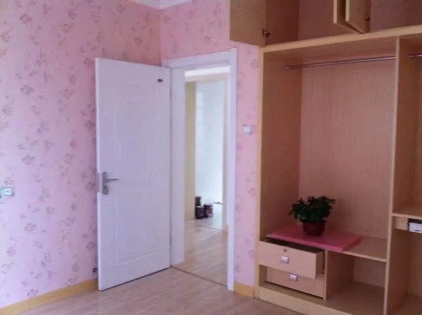 芜湖东方红郡3室2厅1卫108�O整租精装
