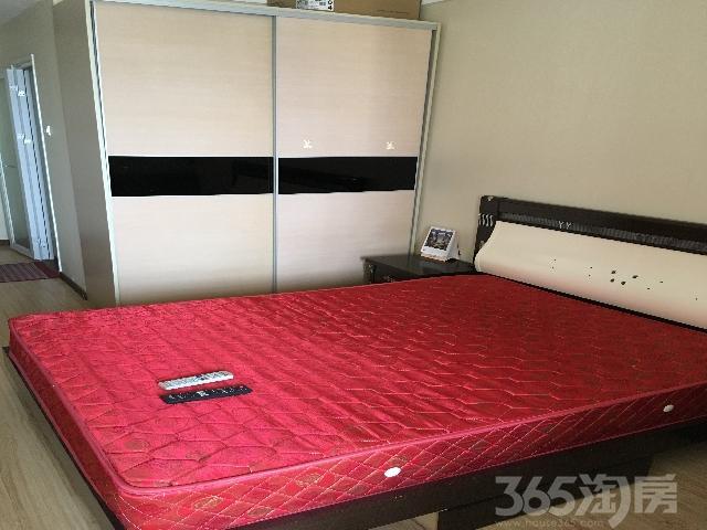 财富广场公寓1室0厅1卫38�O整租精装