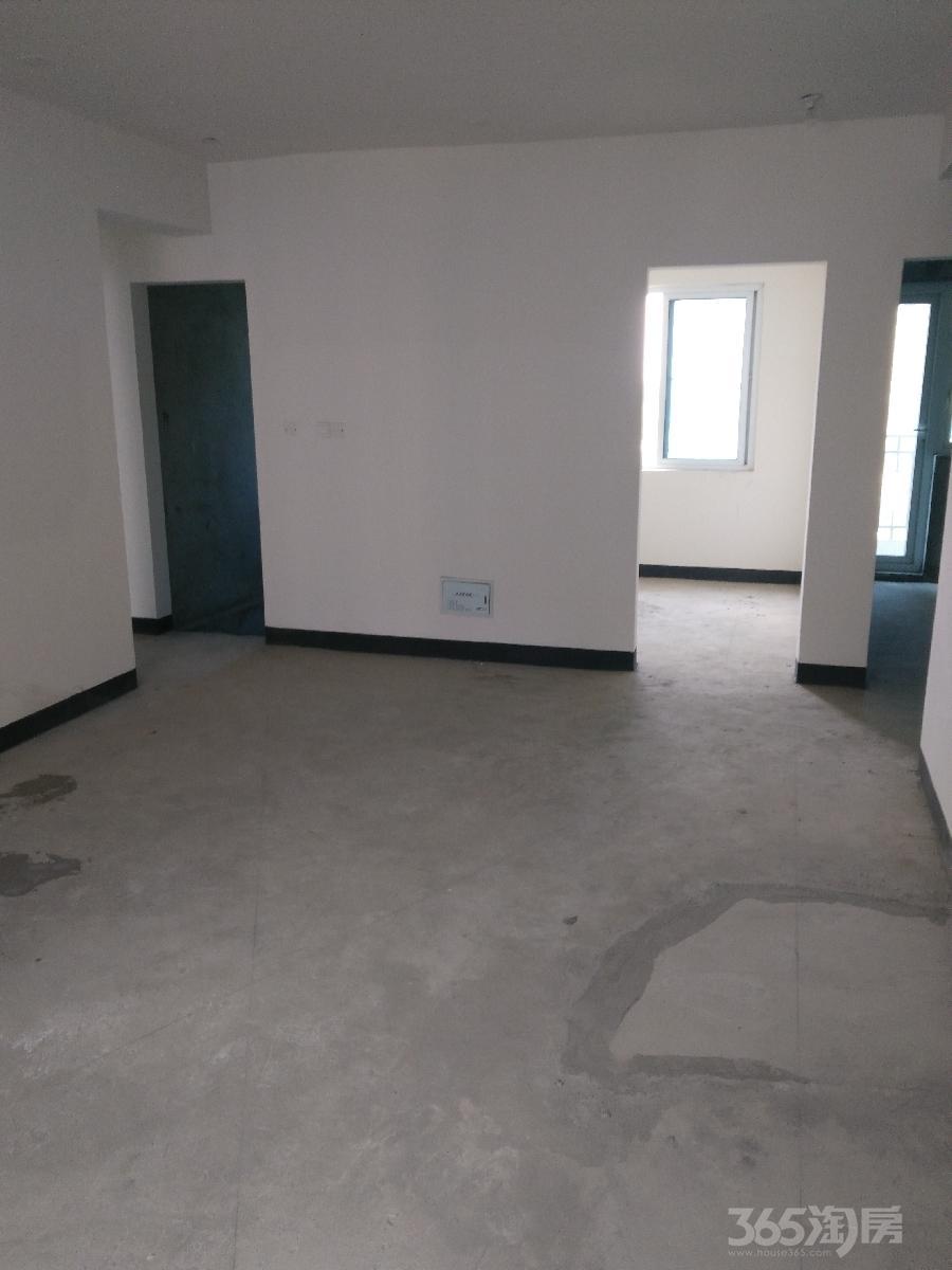 碧桂园欧洲城3室1厅1卫111平米2012年产权房毛坯