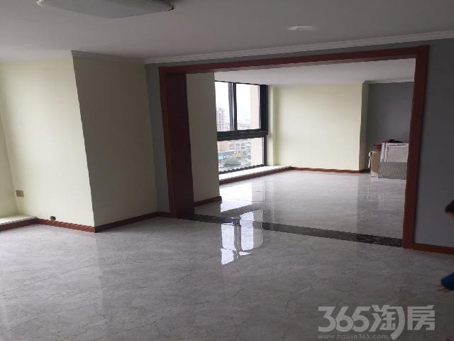 镇江宝龙城市广场3室1厅1卫85�O整租中装
