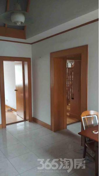 渡春花园2室2厅1卫66平米整租精装