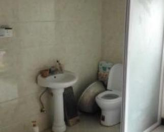 南京碧桂园旁边张毗村4室2厅2卫70平米合租精装