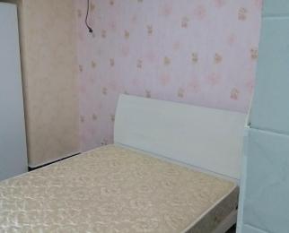 头格 公寓 可月付 短租也行 1400装