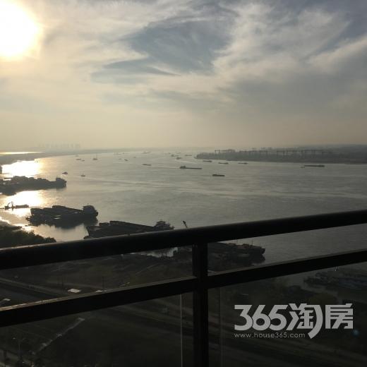 华仑港湾180平方米江景房