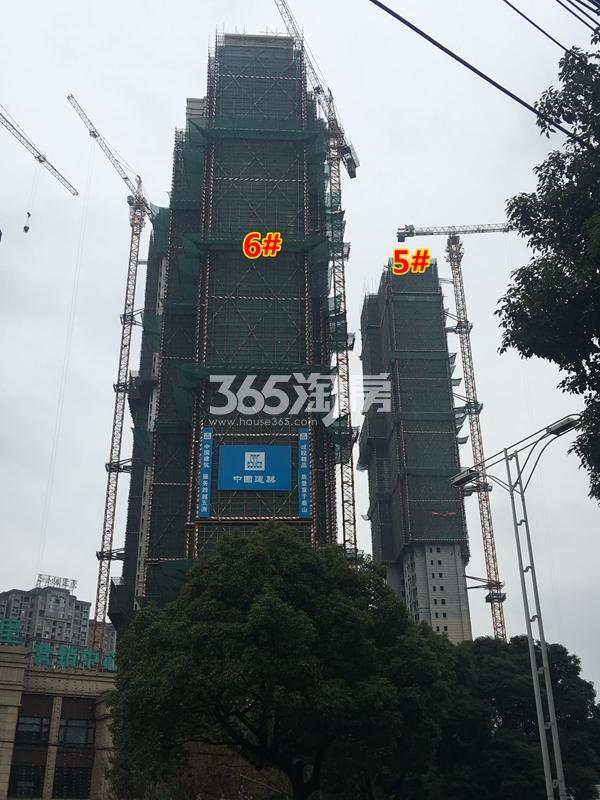 世茂时光里5#、6#楼超高层工程进度实景图(2017.12摄)