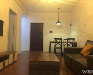 万汇城公寓单室 居家装修 靠地铁口 急租急租