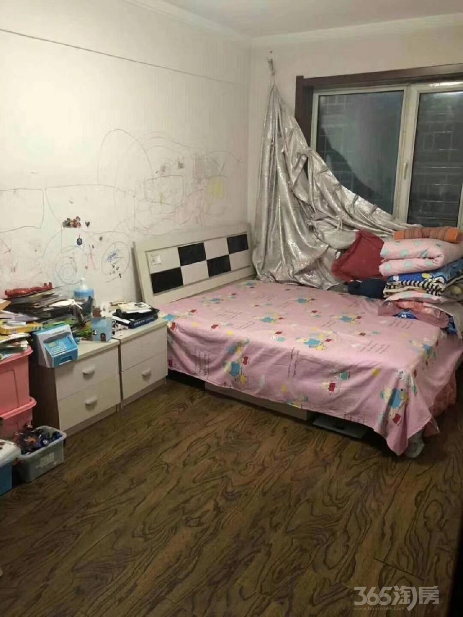 东山聚宝2室1厅1卫全天采光大明厅