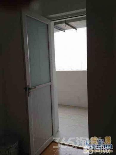 江南新里程2室2厅2卫110㎡整租简装