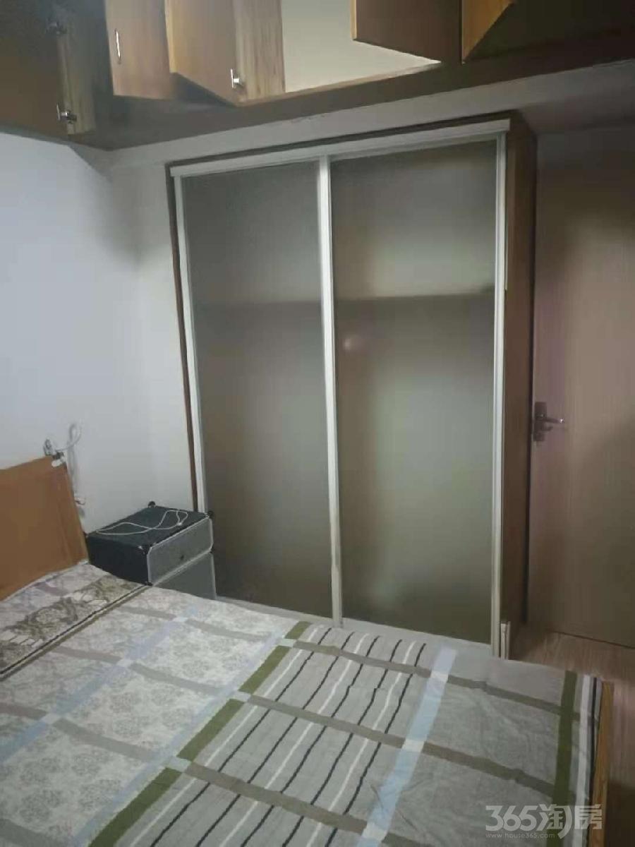太仓太仓华源上海城4室2厅2卫117�O