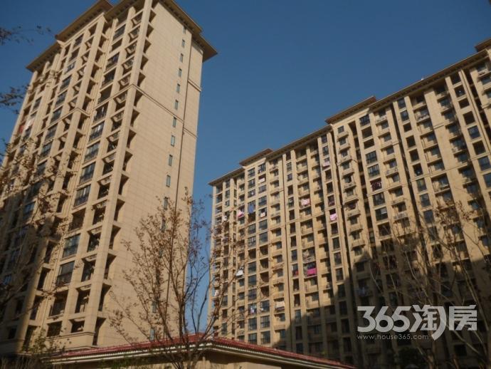 凤凰左岸3室2厅2卫128平方产权房毛坯