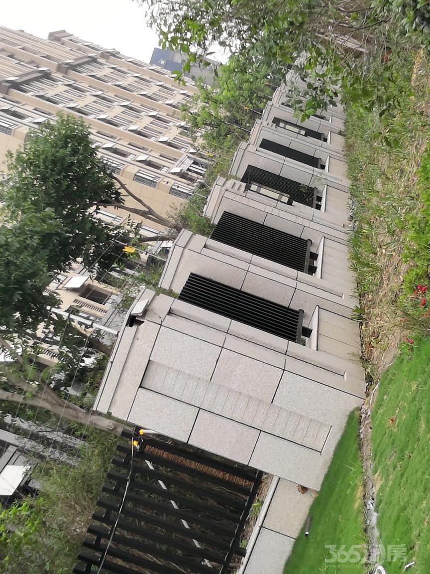 世纪家园公园里3室2厅2卫135.16
