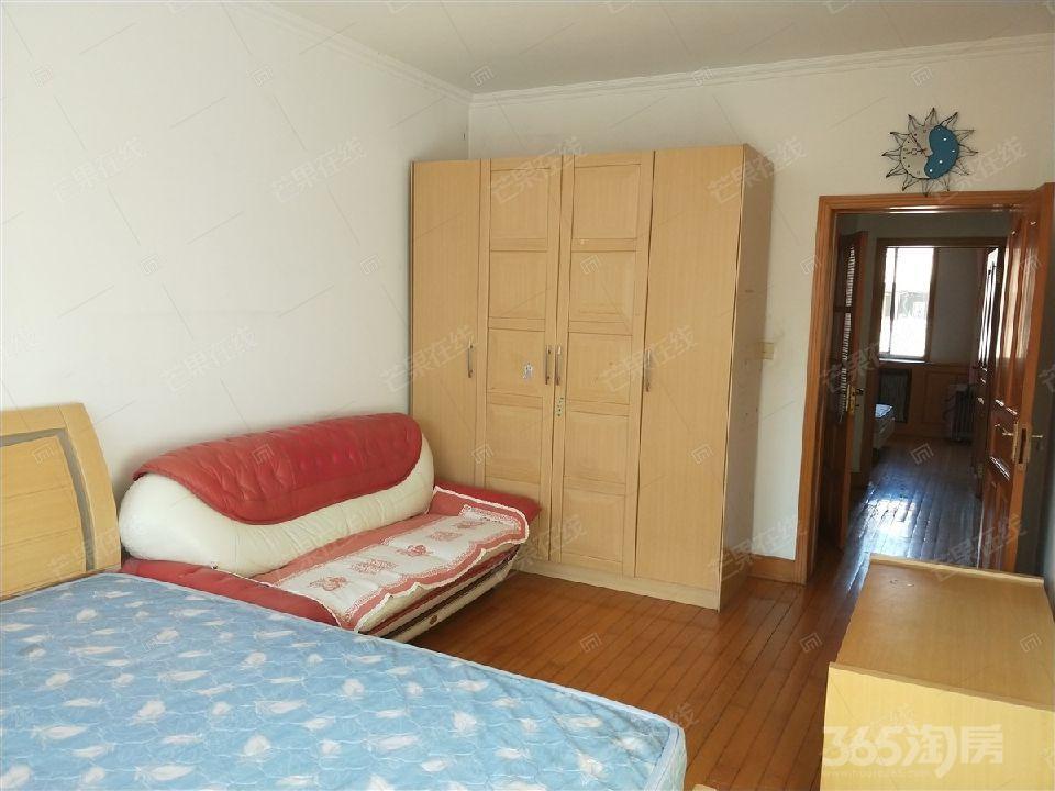 川江教师新村2室1厅1卫66.7平米整租中装