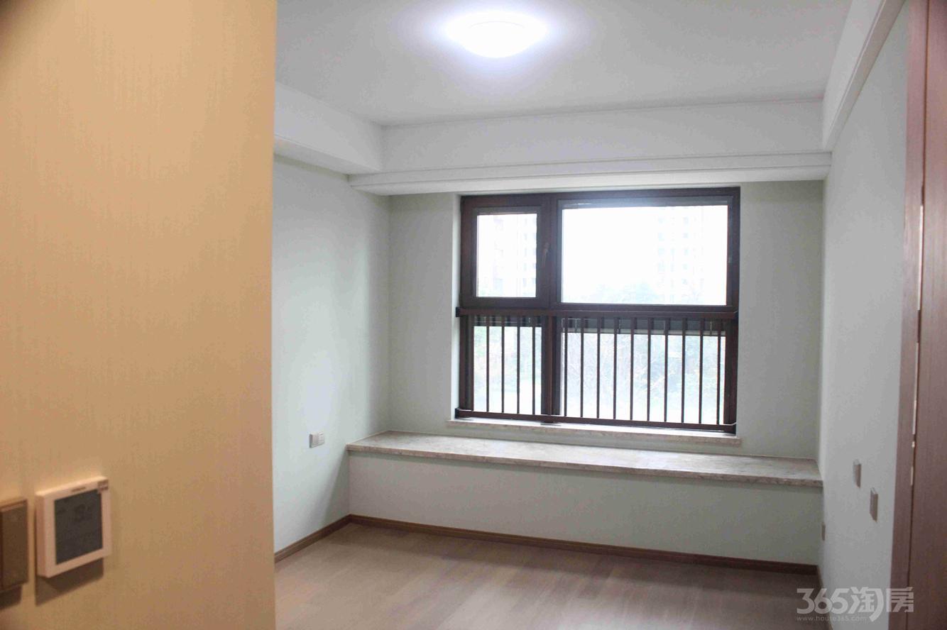 鲁能公馆3室2厅2卫120平米整租豪华装