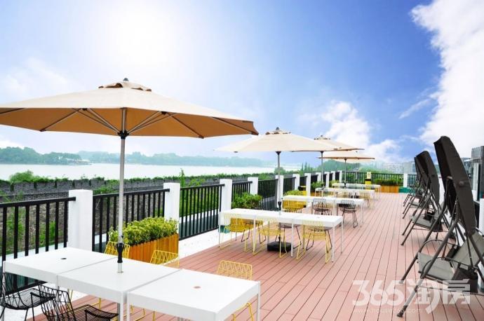 梧桐国际公寓鼓楼玄武门地铁站旁玄武湖畔精装可短租