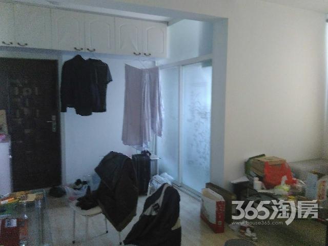 文澜苑南区1室1厅1卫55.28�O2011年产权房简装
