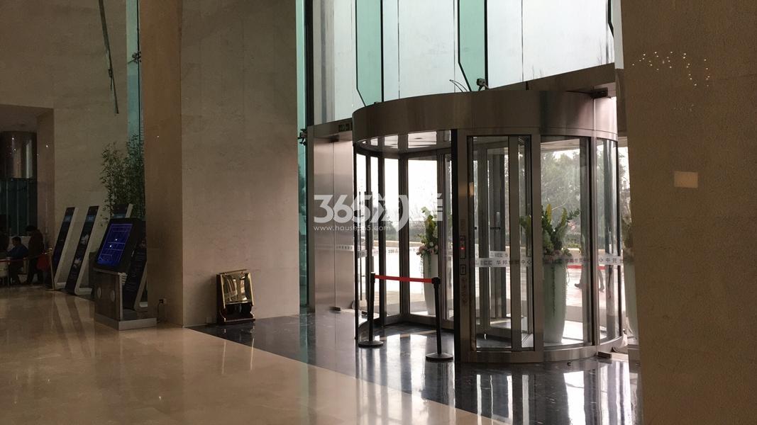 华邦ICC写字楼一楼大厅实景(2018.4.17)