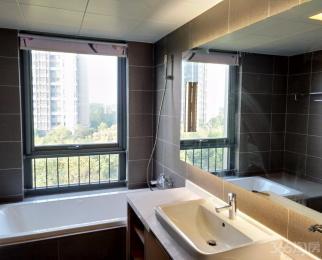 仁恒江湾城一期4室2厅2卫176.00平米整租豪华装