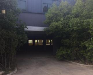 珍珠泉风景区旁边工业园 三层 每层5600平方 独门独院 有
