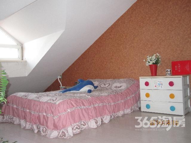 阳光新嘉园3室2厅2卫170�O整租精装