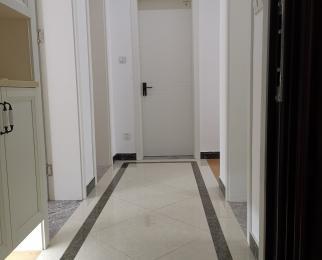 江东北路417-1号3室1厅1卫80.43平米豪华装整租