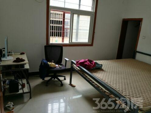 远洋山水吉山铁矿家属区2室1厅1卫63平米产权房精装