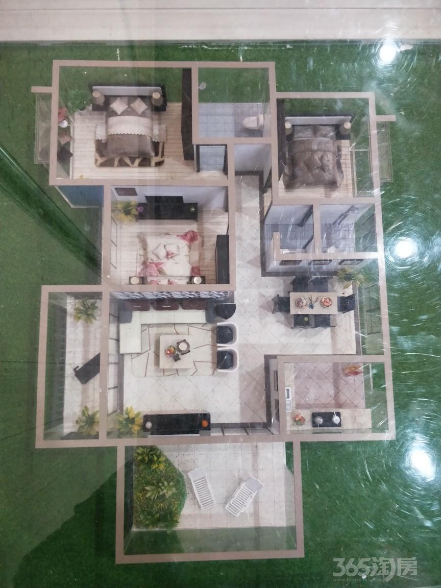 湘源国际五交化机电城3室2厅2卫126平米