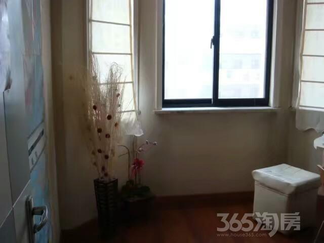 陪读房锦园小区3室2厅2卫143平米