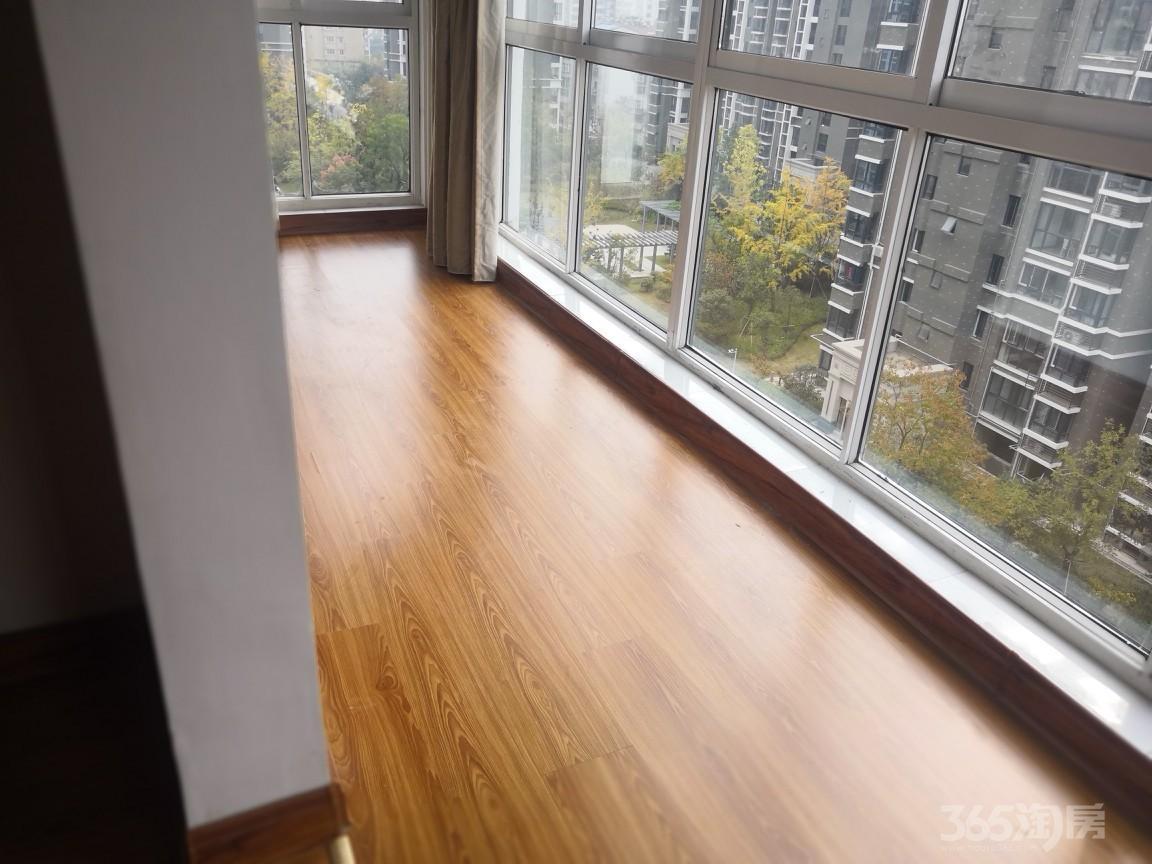 天山绿洲精装两室全套家具家电拎包就住,中介勿扰