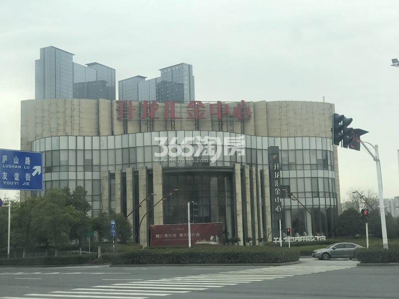 升龙汇金中心实景图