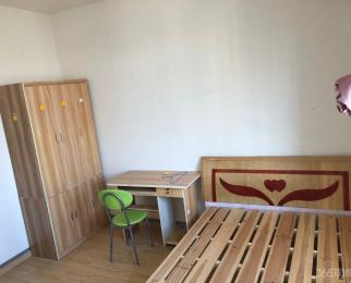 芳香家园3室2厅1卫90平米简装合租