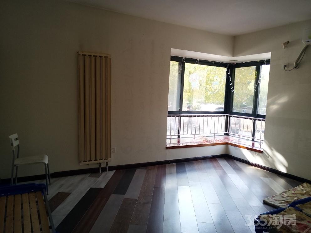 半岛豪庭3室3厅2卫177平米整租精装