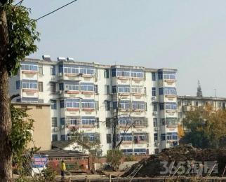 中铁芜湖工程基地,院内2室1厅1卫64平米整租简装