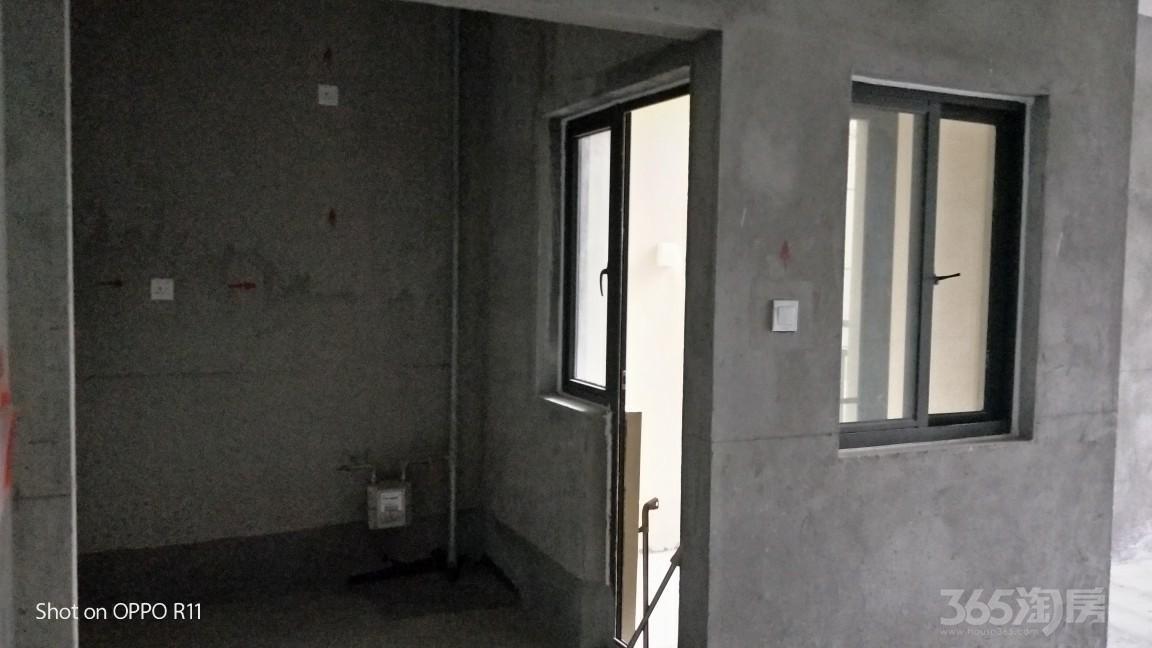凯迪塞纳河畔2室2厅1卫92平米2018年产权房毛坯