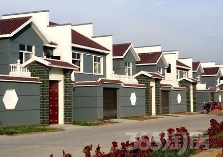 三兴新村4室2厅2卫220.00㎡2010年满两年产权房中装