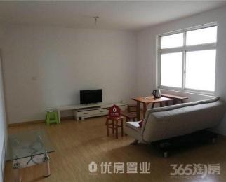 观山名筑3室2厅2卫120平米整租简装